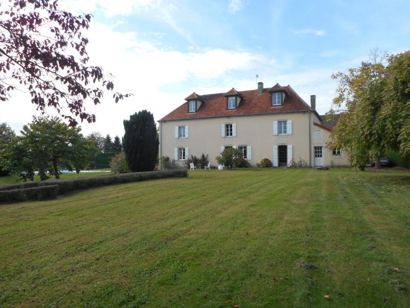 Sale house / villa Lombard 420000€ - Picture 1