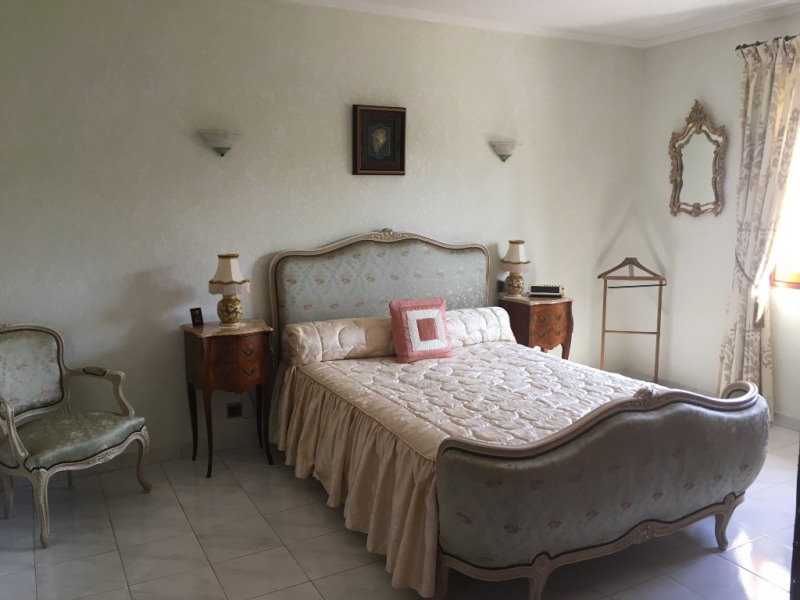 Sale house / villa Vergeze 323 000€ - Picture 6