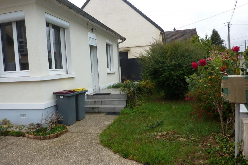 Rental house / villa Orsay 965€ CC - Picture 11