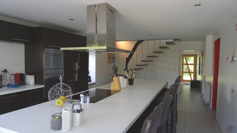 Vente de prestige maison / villa Vers 560000€ - Photo 2