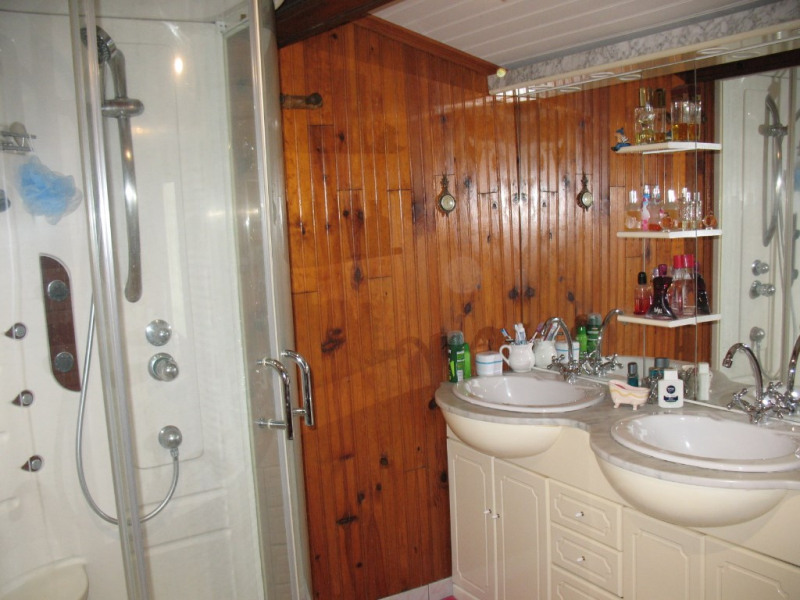 Sale house / villa Chaillevette 233000€ - Picture 14