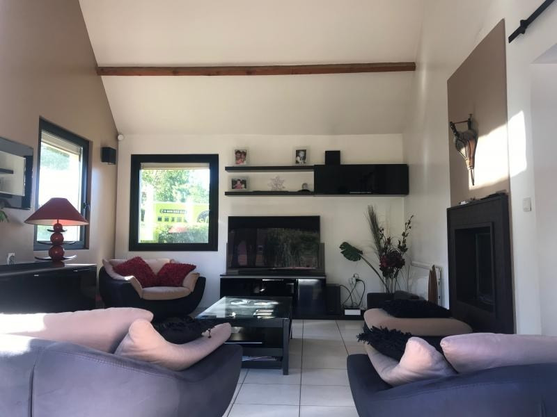 Sale house / villa Montfort l amaury 645000€ - Picture 5