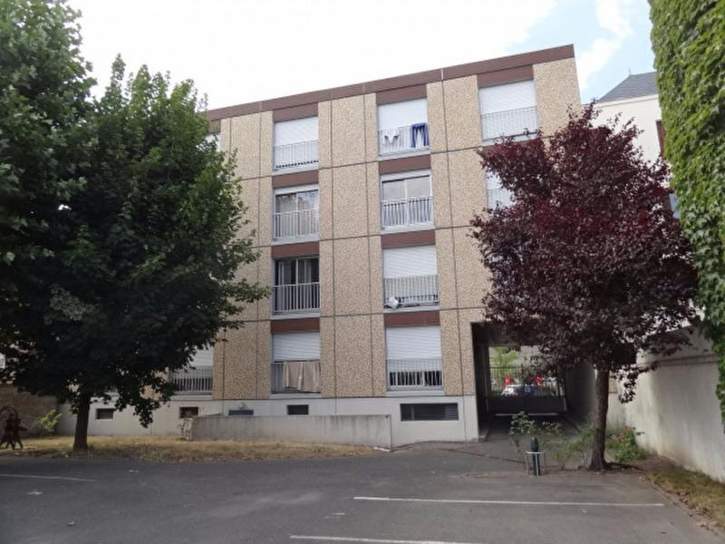 Rental apartment Montargis 435€ CC - Picture 1