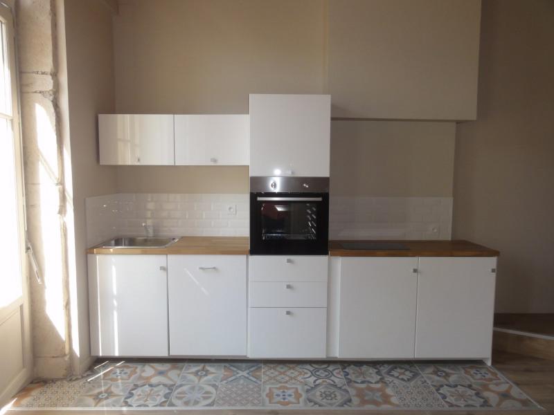 Sale apartment Lyon 1er 285000€ - Picture 2