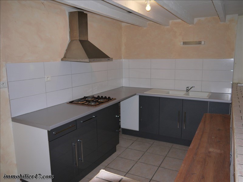 Location maison / villa Monclar 550€ CC - Photo 12