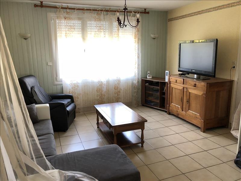 Sale house / villa Jallais 106990€ - Picture 5