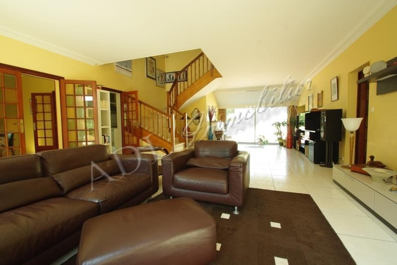 Deluxe sale house / villa Lamorlaye 780000€ - Picture 1