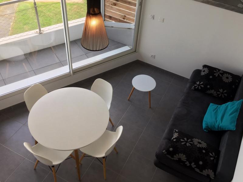 Location vacances appartement Le grau du roi 430€ - Photo 9