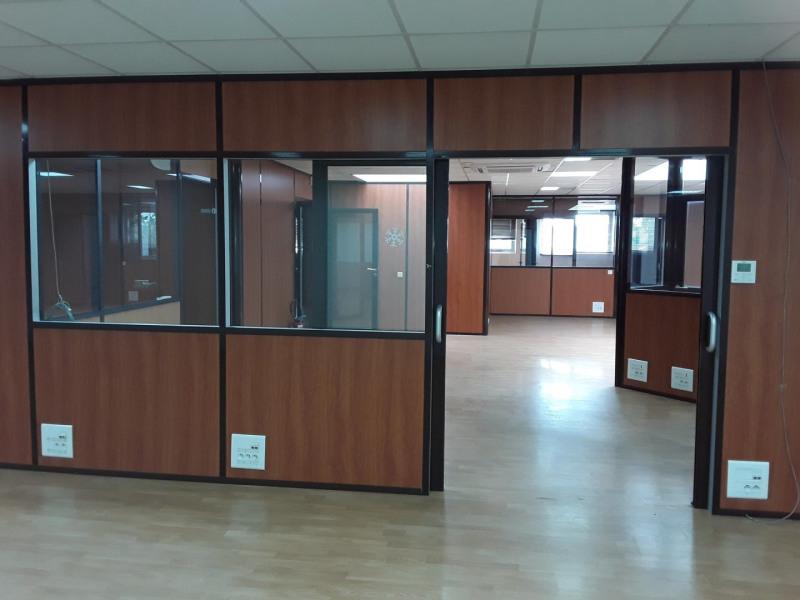 Location bureau Vaulx-en-velin 2400€ CC - Photo 6