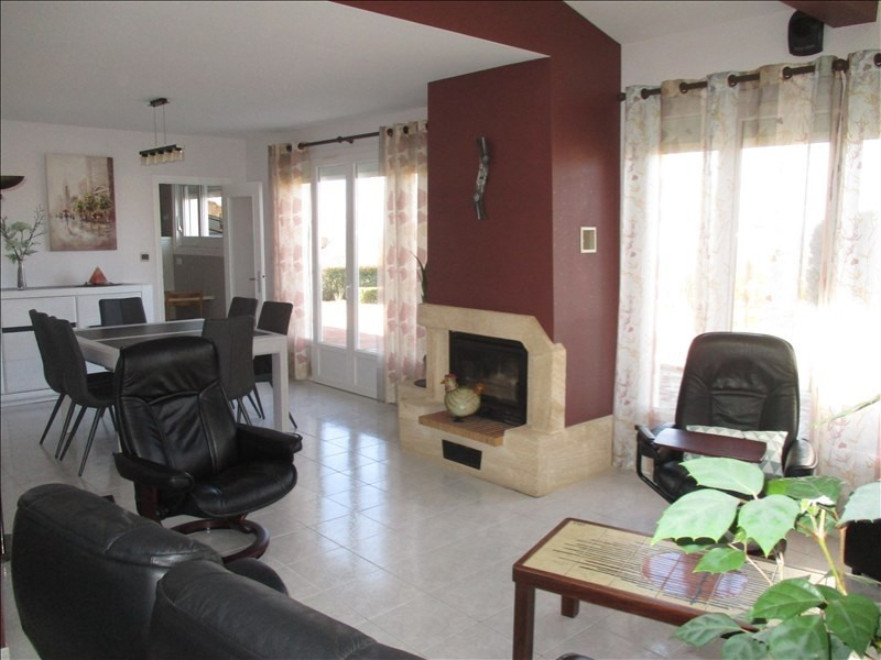 Sale house / villa Saint cyr de favieres 260000€ - Picture 7