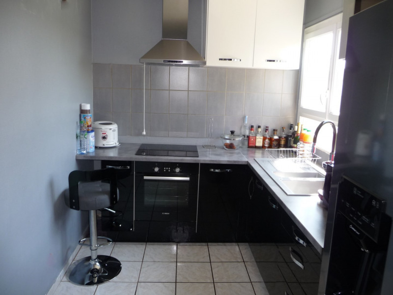 Vente appartement Épinay-sous-sénart 123 000€ - Photo 3