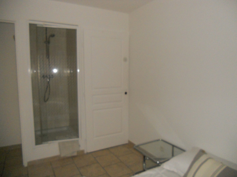 Location appartement Fréjus 850€ CC - Photo 5