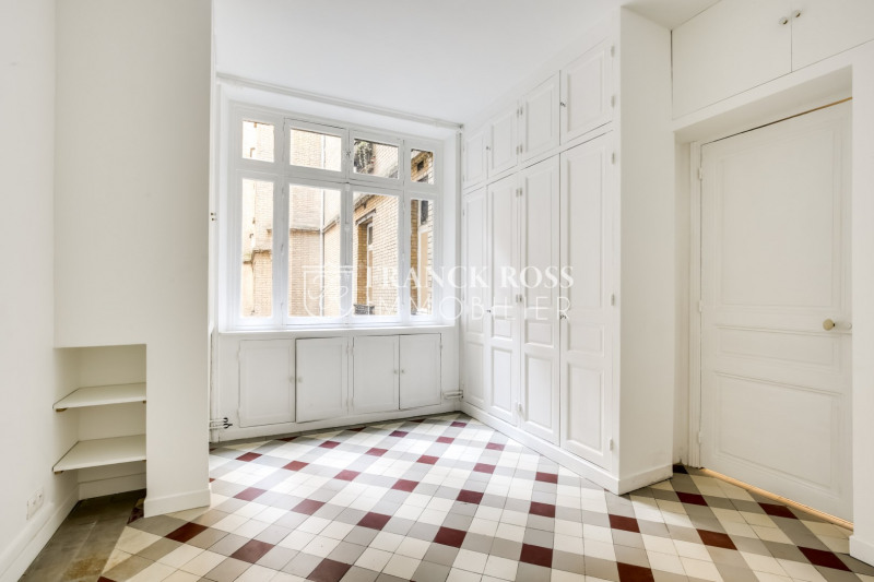 Location appartement Paris 17ème 3 500€ CC - Photo 10