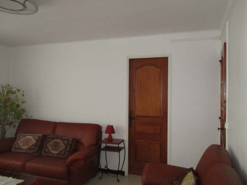 Sale apartment Nimes 86 000€ - Picture 4