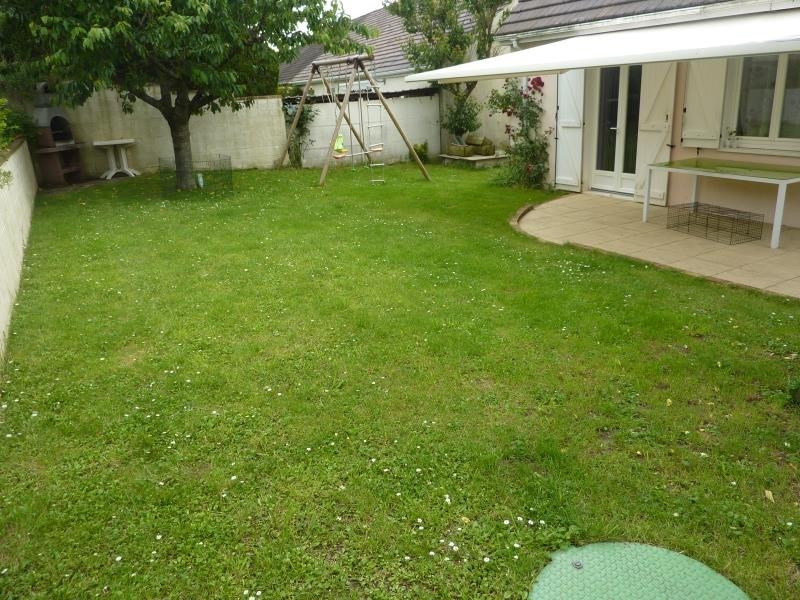 Sale house / villa Nanteuil le haudouin 239900€ - Picture 5