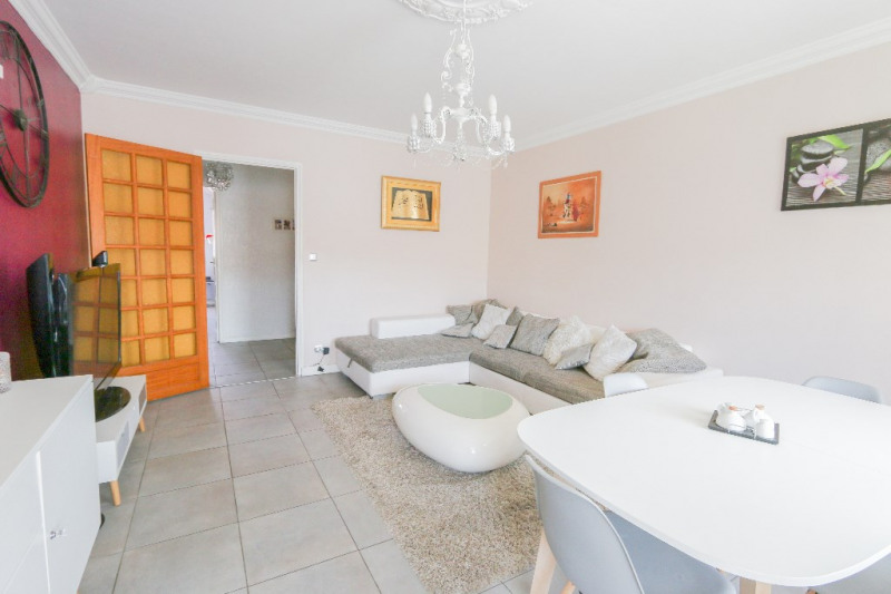 Sale apartment Rumilly 229000€ - Picture 3