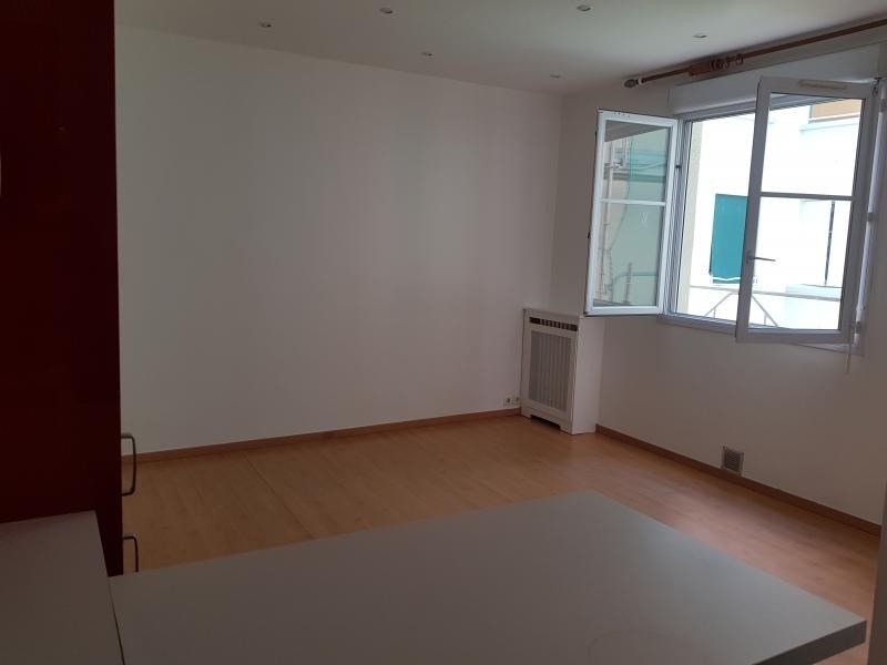 Sale apartment Paris 11ème 385 000€ - Picture 3