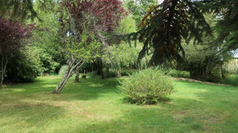 Vente maison / villa St priest sous aixe 179900€ - Photo 12