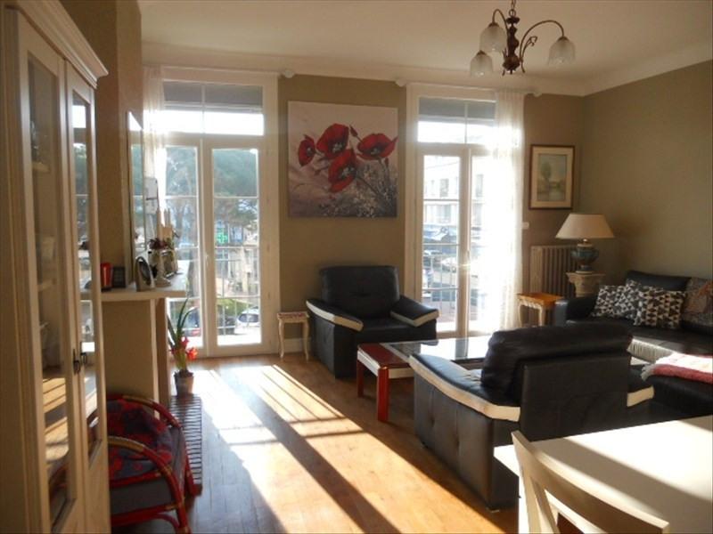 Sale apartment Royan 346500€ - Picture 2