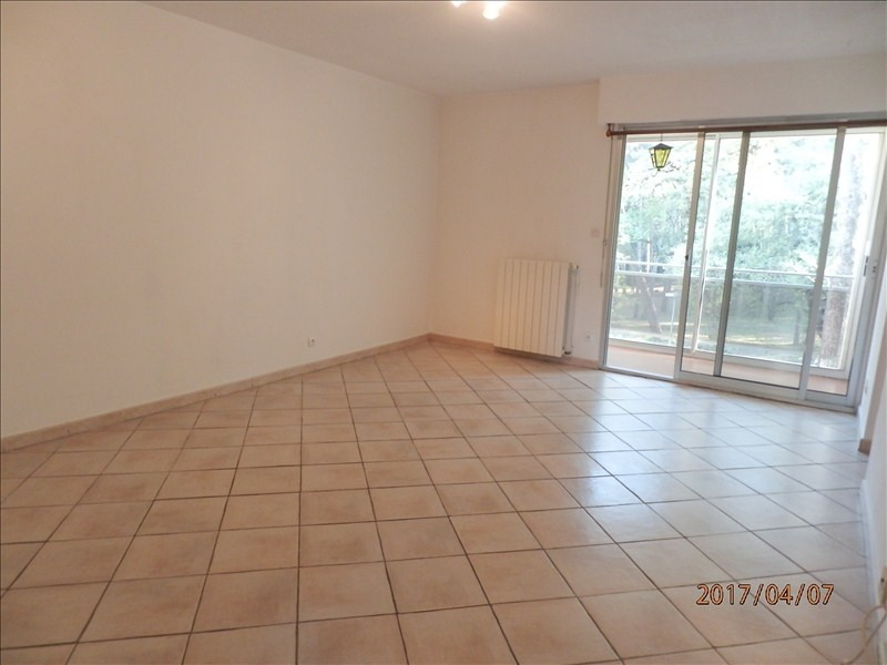 Rental apartment La seyne sur mer 820€ CC - Picture 2