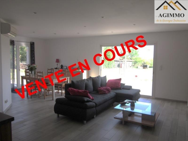 Sale house / villa L isle jourdain 304500€ - Picture 1