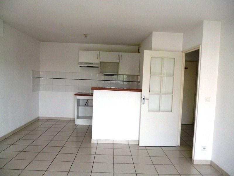 Rental apartment Tarbes 527€ CC - Picture 2