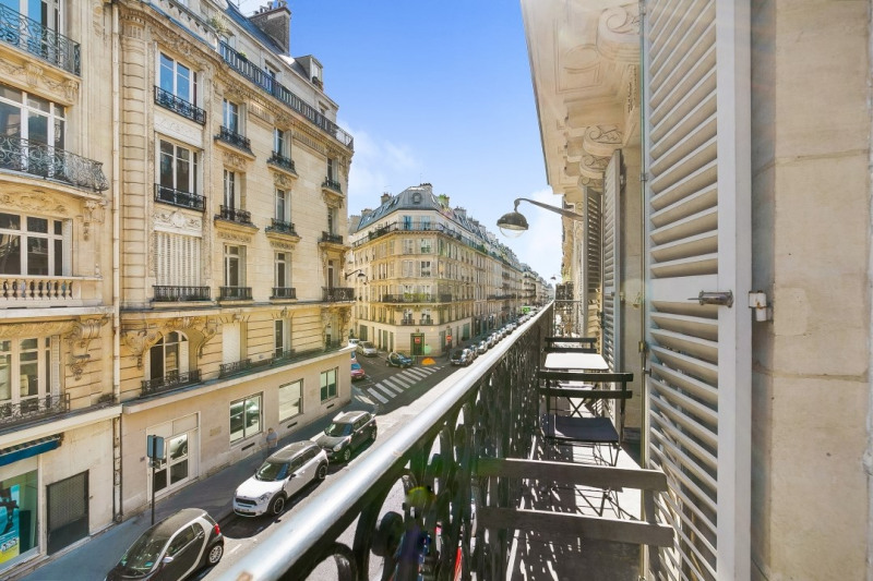 Sale apartment Paris 8ème 950 000€ - Picture 4