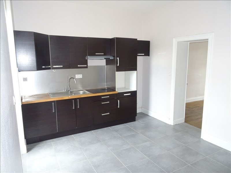 Sale apartment Angers 147500€ - Picture 2