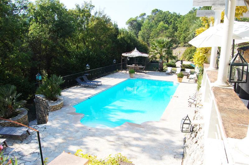 Revenda residencial de prestígio casa Le canton de fayence 895000€ - Fotografia 5
