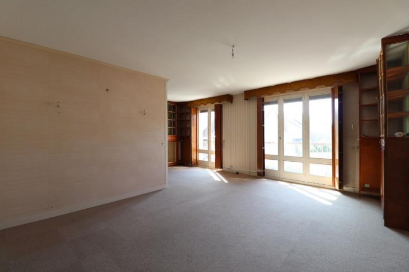 Sale apartment Montargis 96750€ - Picture 2