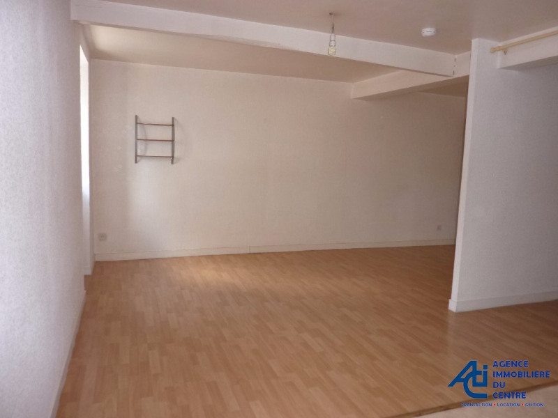 Location appartement Pontivy 336€ CC - Photo 2