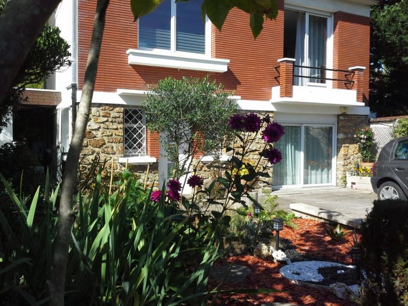 Sale house / villa Le raincy 429000€ - Picture 1