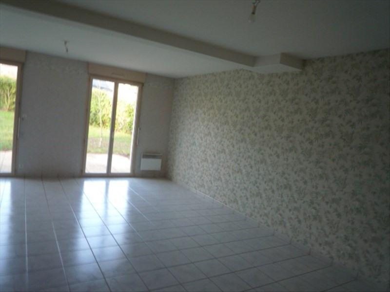 Location maison / villa Montfort sur meu 865€ CC - Photo 4