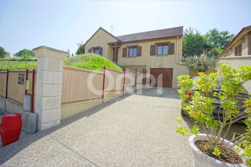 Sale house / villa Les andelys 205 000€ - Picture 1