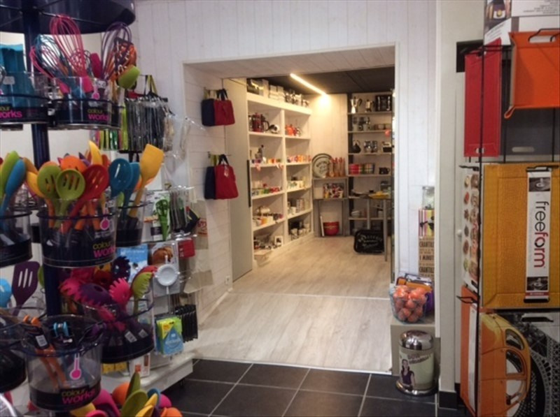 Location boutique Cholet 1 400€ HT/HC - Photo 3