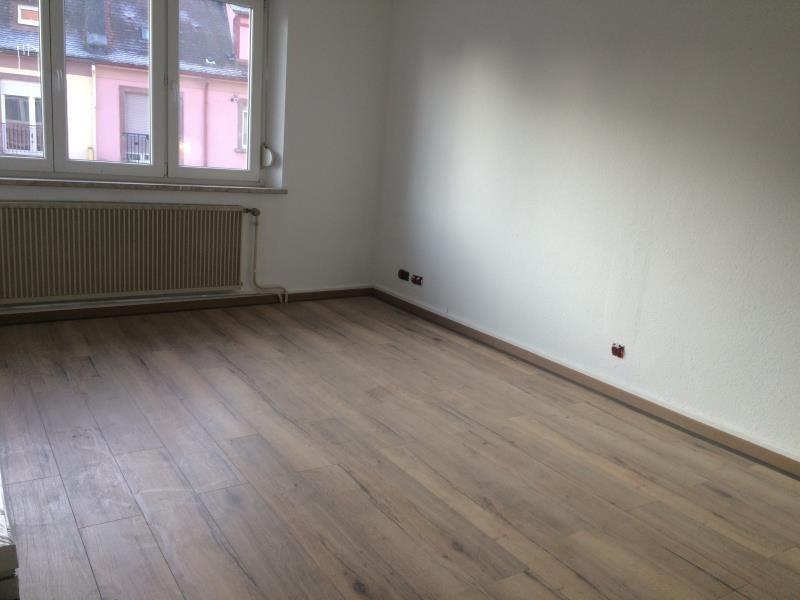 Rental apartment Lauterbourg 820€ CC - Picture 2