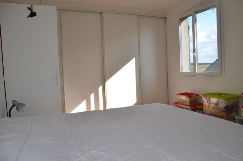 Sale house / villa Hericy 300000€ - Picture 7