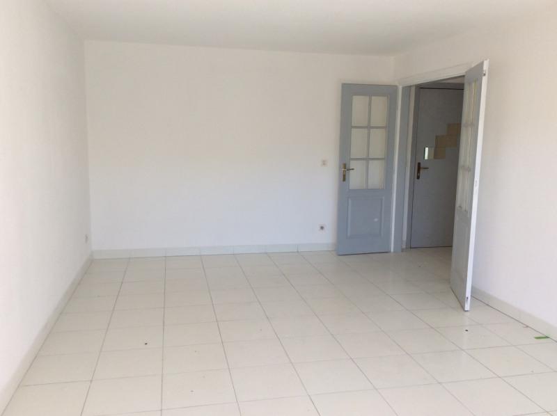 Rental apartment Fréjus 805€ CC - Picture 5