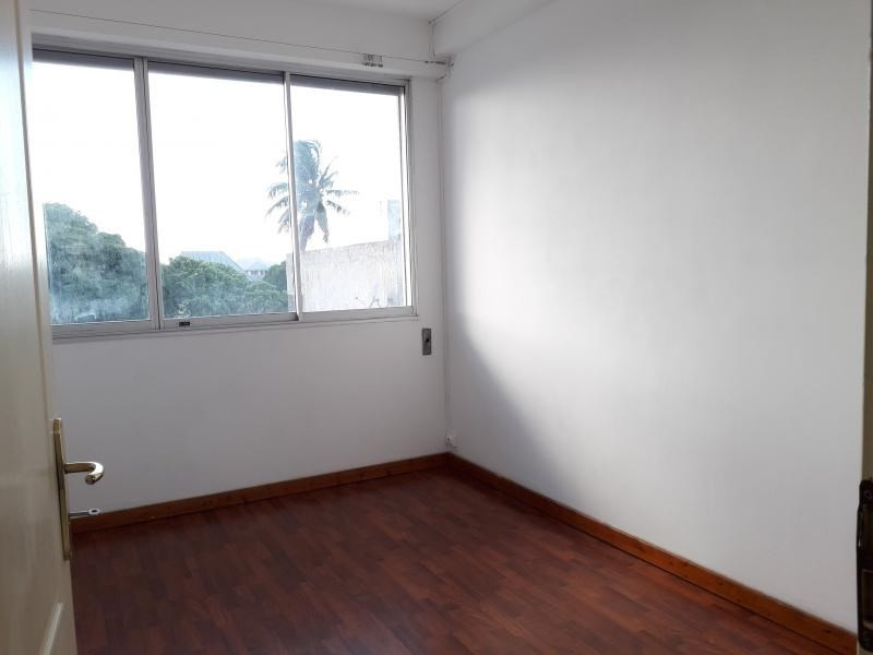Location appartement St denis 1 500€ CC - Photo 8