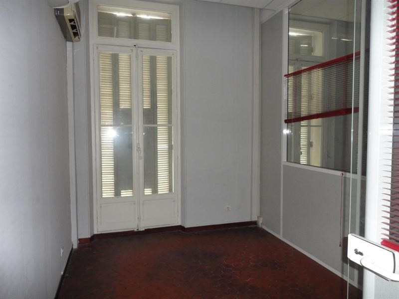 Location local commercial Toulon 2 500€ CC - Photo 6