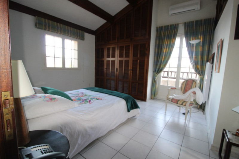 Vente de prestige maison / villa La crau 698800€ - Photo 12