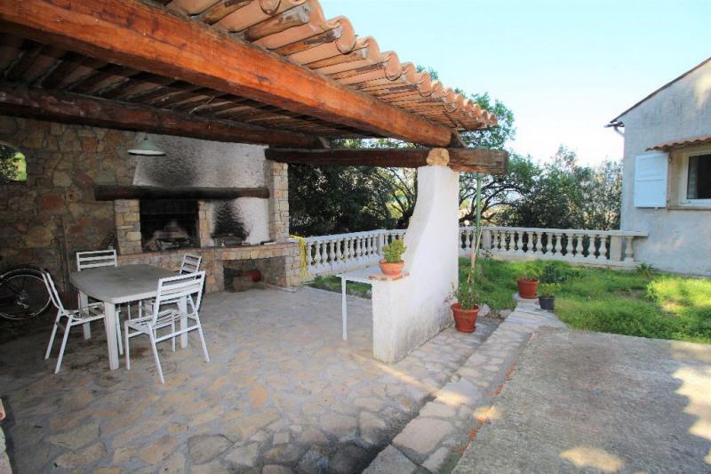 Vente maison / villa Saint laurent du var 540000€ - Photo 4
