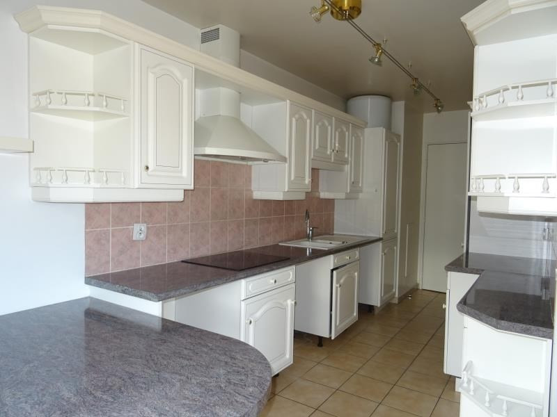 Sale apartment Marly le roi 332000€ - Picture 2