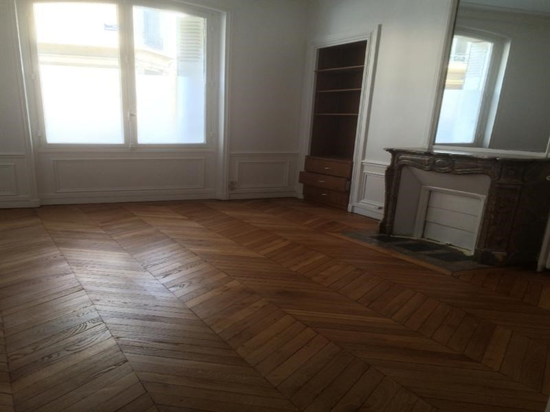 Location boutique Paris 17ème 6 886€ CC - Photo 6