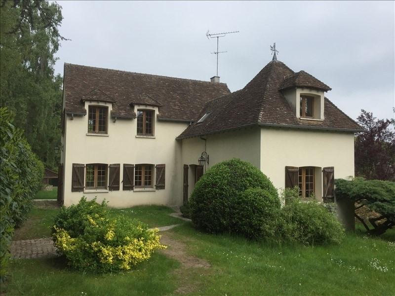 Sale house / villa Montfort l amaury 440000€ - Picture 1