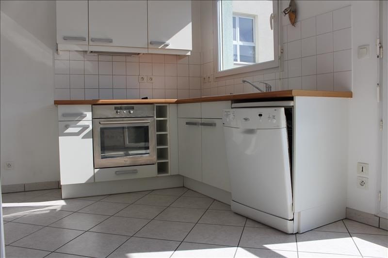 Sale apartment Annecy 275 600€ - Picture 2