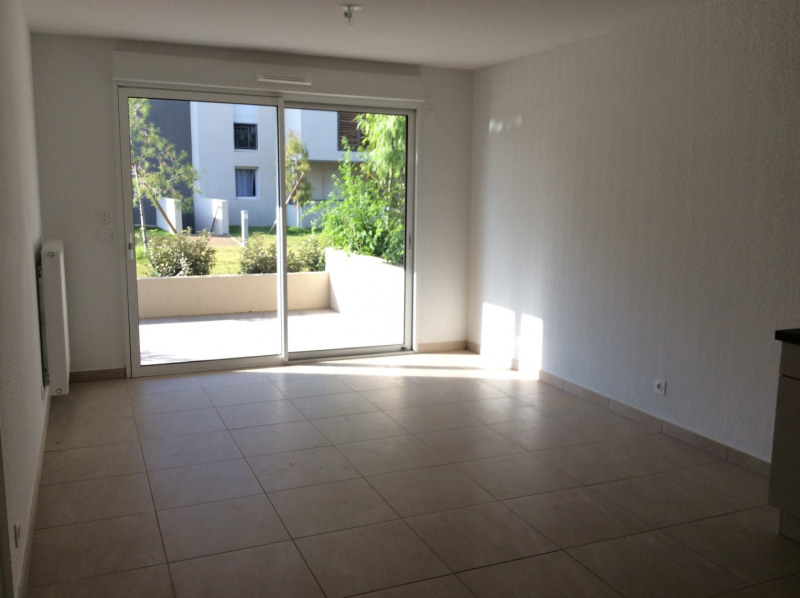 Location appartement Fréjus 793€ CC - Photo 1