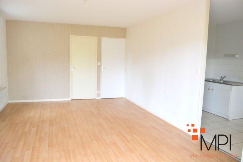 Vente appartement Pleumeleuc 147 000€ - Photo 2