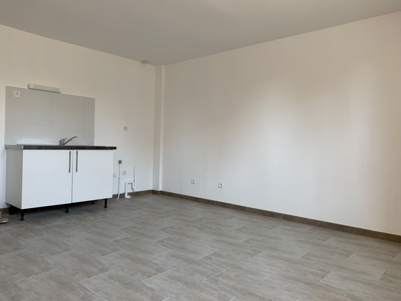 Location appartement Montlhéry 695€ CC - Photo 1