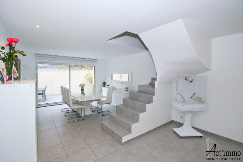 Villa 5 pièces + c à CLAIX Proche village